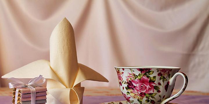 Servietten falten Lilie aus Papierserviette Video